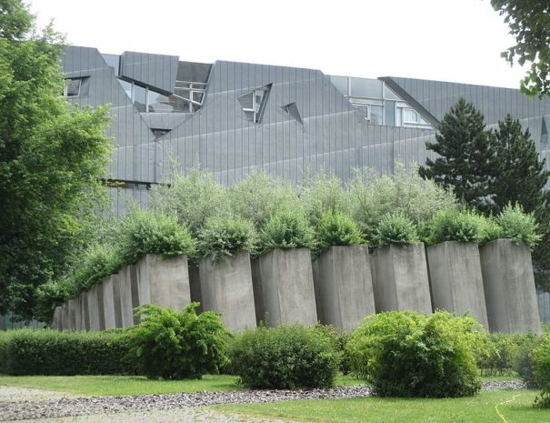 Jewish_Museum_Berlin_-_Garden_of_Exile