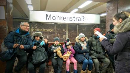 A guided tour in Berlin's U Bahn